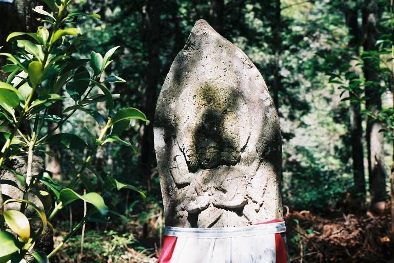 鳳来石像-10