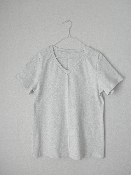 20140515VネックTシャツ①