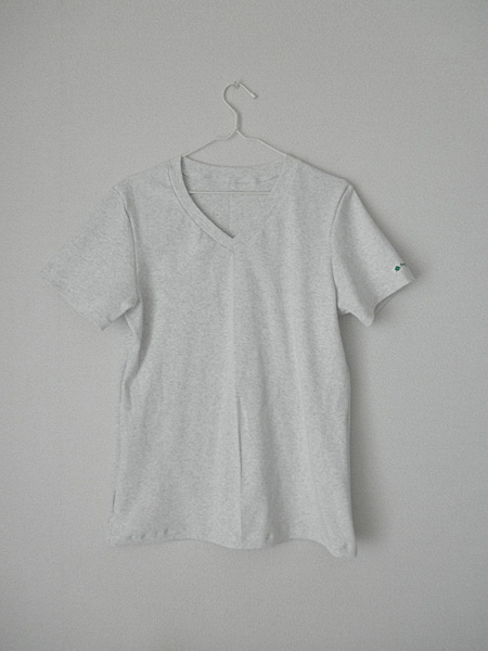 20140516VネックTシャツ①
