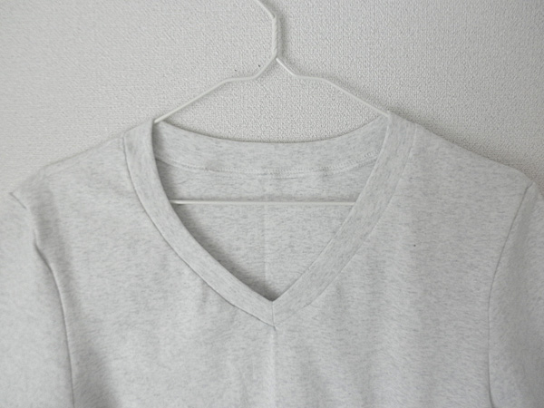 20140516VネックTシャツ②