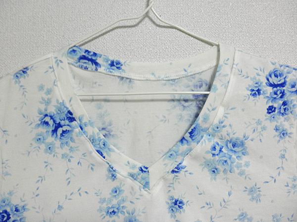 20140525VネックTシャツ②