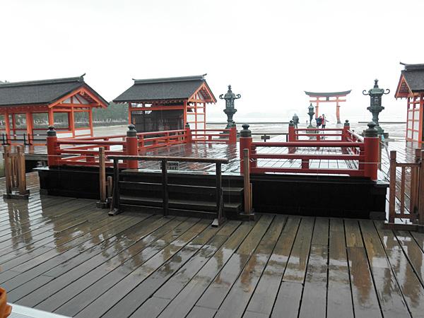 20140512厳島神社高舞台