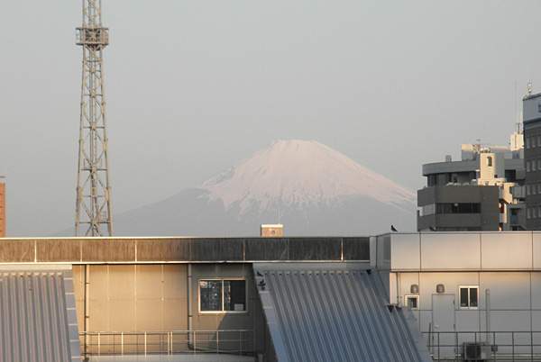 20140511最寄り駅からの富士山