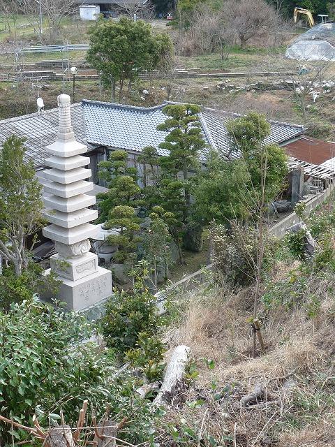 12月に完成した供養塔
