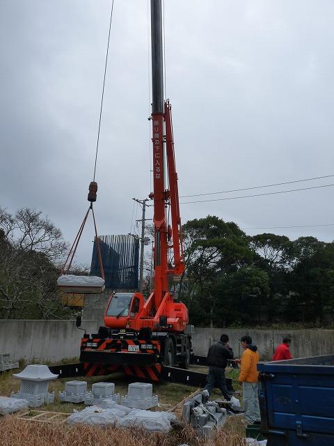 25トンのクレーンでの作業