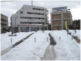 140215G 025駅前雪かき