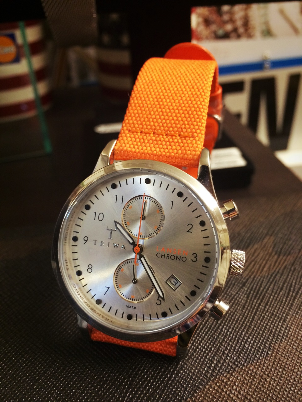 triwa-lancen_orange.jpg