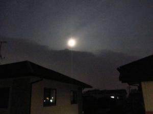 月の出 001