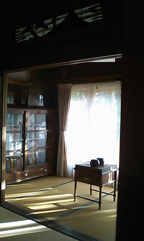 竹鶴邸 本棚と碁盤