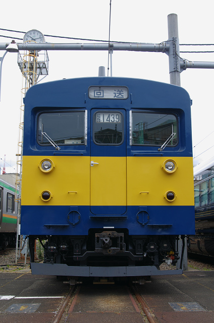 クモヤ143-24s
