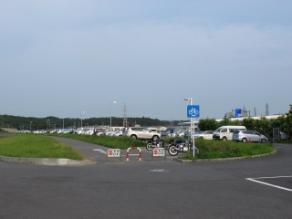 道の駅 水の郷さわら 駐車場