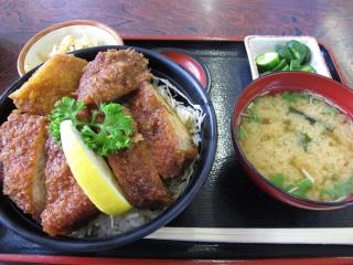 岳温泉 成駒 ソースカツ丼
