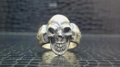 Single_skull_ring_002-001.jpg