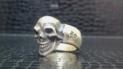 Single_skull_ring_002-002.jpg