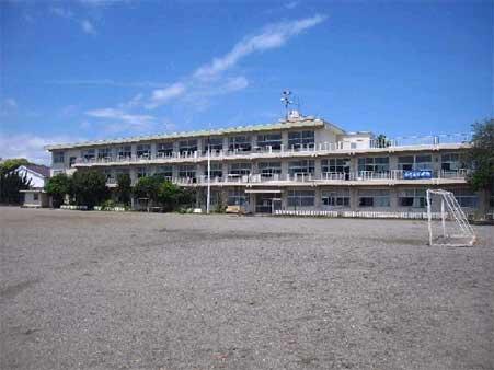早川小学校