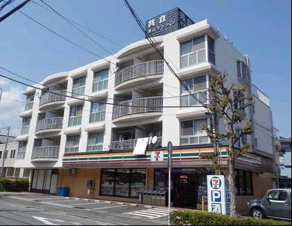 セブンイレブン早川店