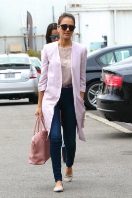 jessica-alba-3x1-jeans.jpg