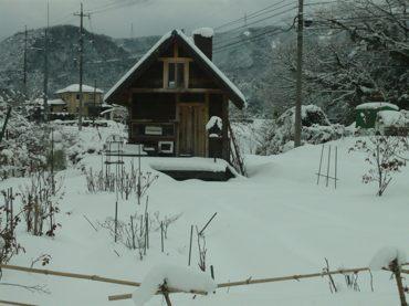 雪260212小屋