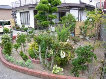 母の庭入り口