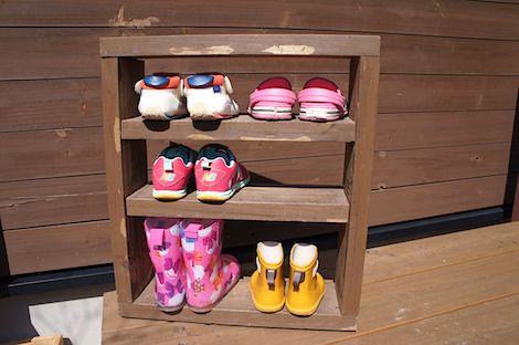 子ども靴入れ