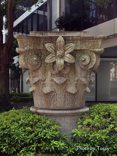 神戸の石柱