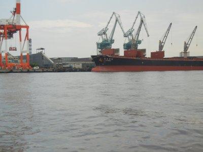 ばら物埠頭