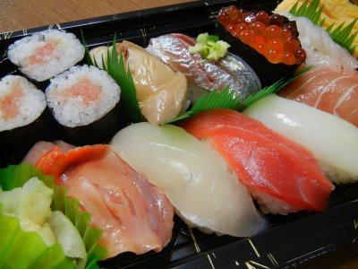 ひしの木・握り寿司弁当・アップ