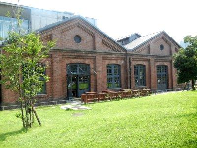 赤レンガ図書館