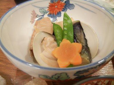 貝などの煮物