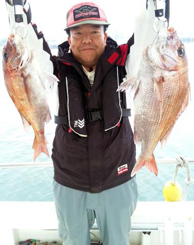 1キロちょいの真鯛と2キロくらいの真鯛