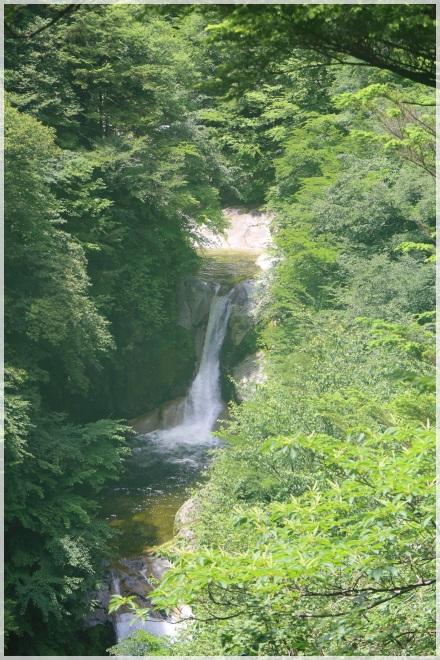 10 神蛇滝