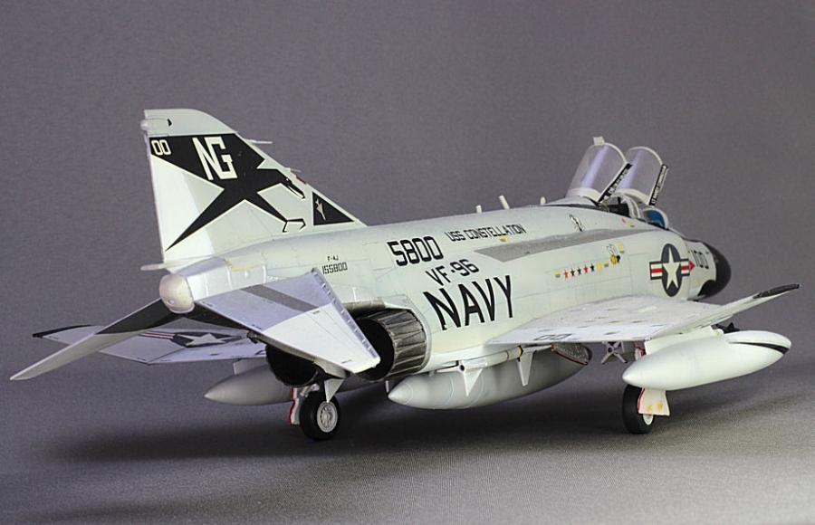F4J ファントムⅡショータイム100-1