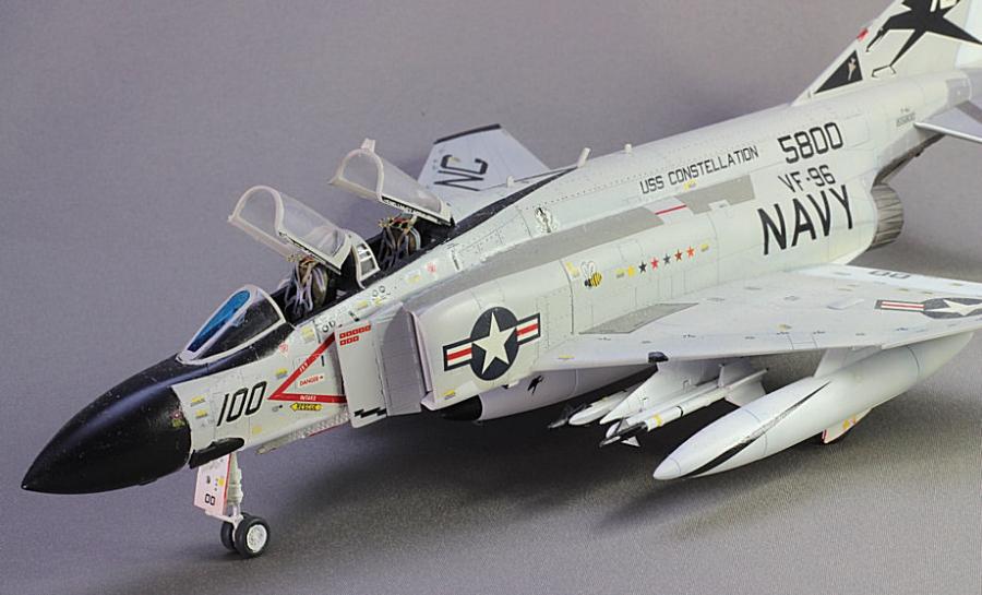 F4J ファントムⅡショータイム100-3
