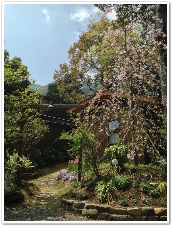 田 舎 暮 ら し de 東 京 仕 事