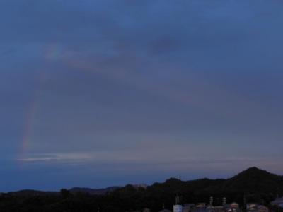 裏後光付きの虹