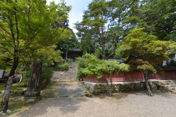 和気公霊廟と鐘楼