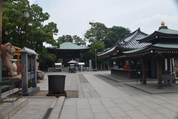 10納経所と大師堂