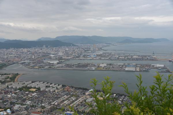 16サンポート(高松港)