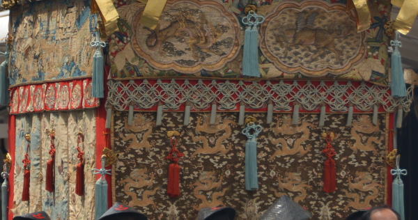 山伏山の織物