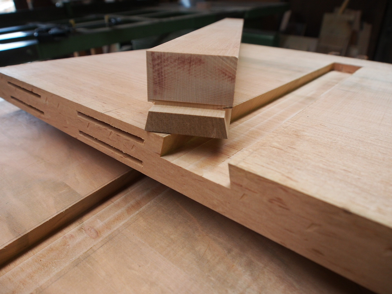 じざい工房 小林康文の素材を活かす家具づくり