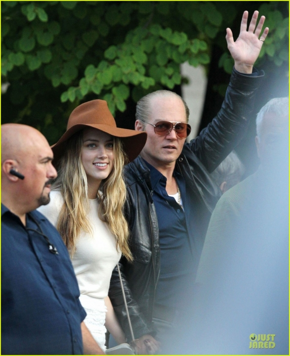 amber-heard-visits-johnny-depp-on-last-day-of-black-mass-filming-04.jpg