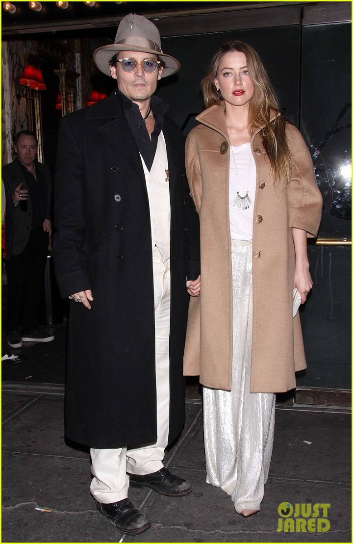 johnny-depp-amber-heard-hold-hands-at-cabaret-opening-01.jpg