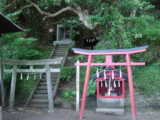 白山神社横穴墓