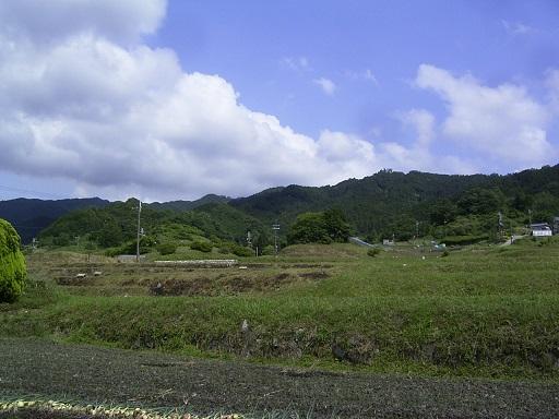 都塚古墳遠景