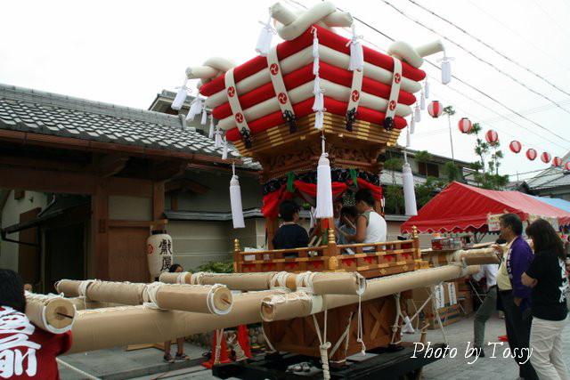 猪名野神社のふとん神輿