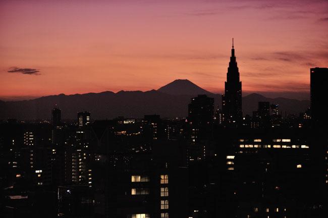 シルエットの富士
