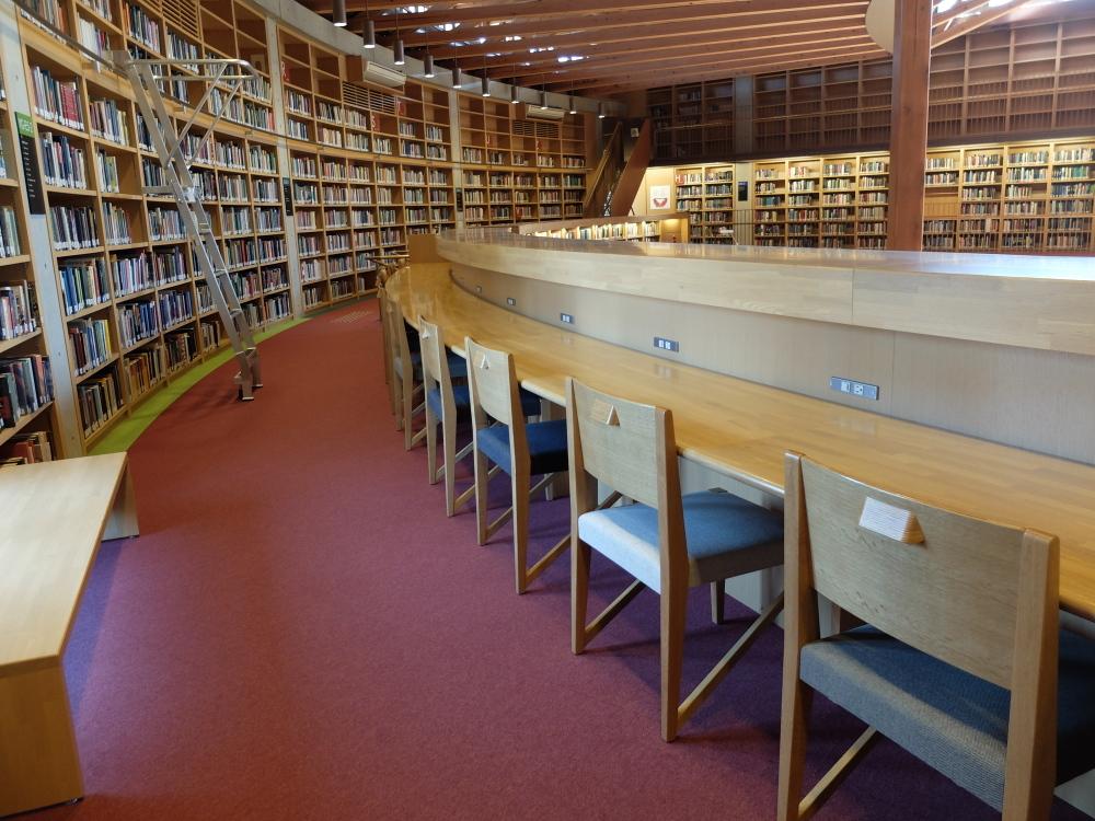 国際教養大学図書館06