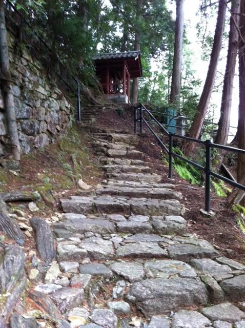 湯の山神社への階段1