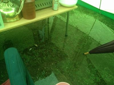 雨撤収 029