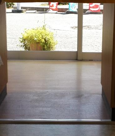 床磨き (2)
